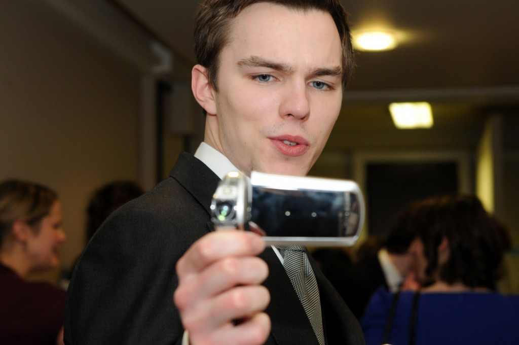 Nicholas Hoult flashes his Xacti CS1 at the Elle Style Awards