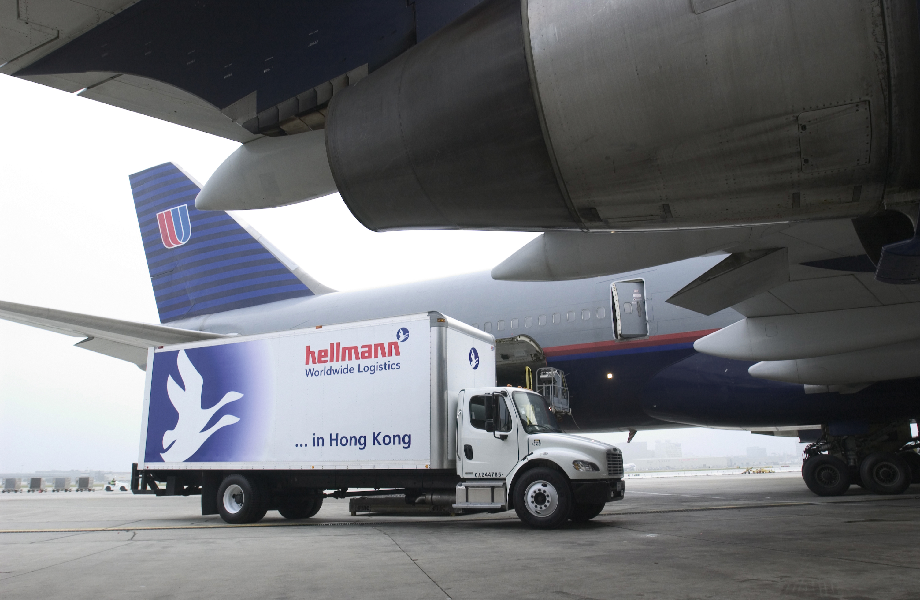 Hellmann UK wins logistics contract from Hughes Europe / The