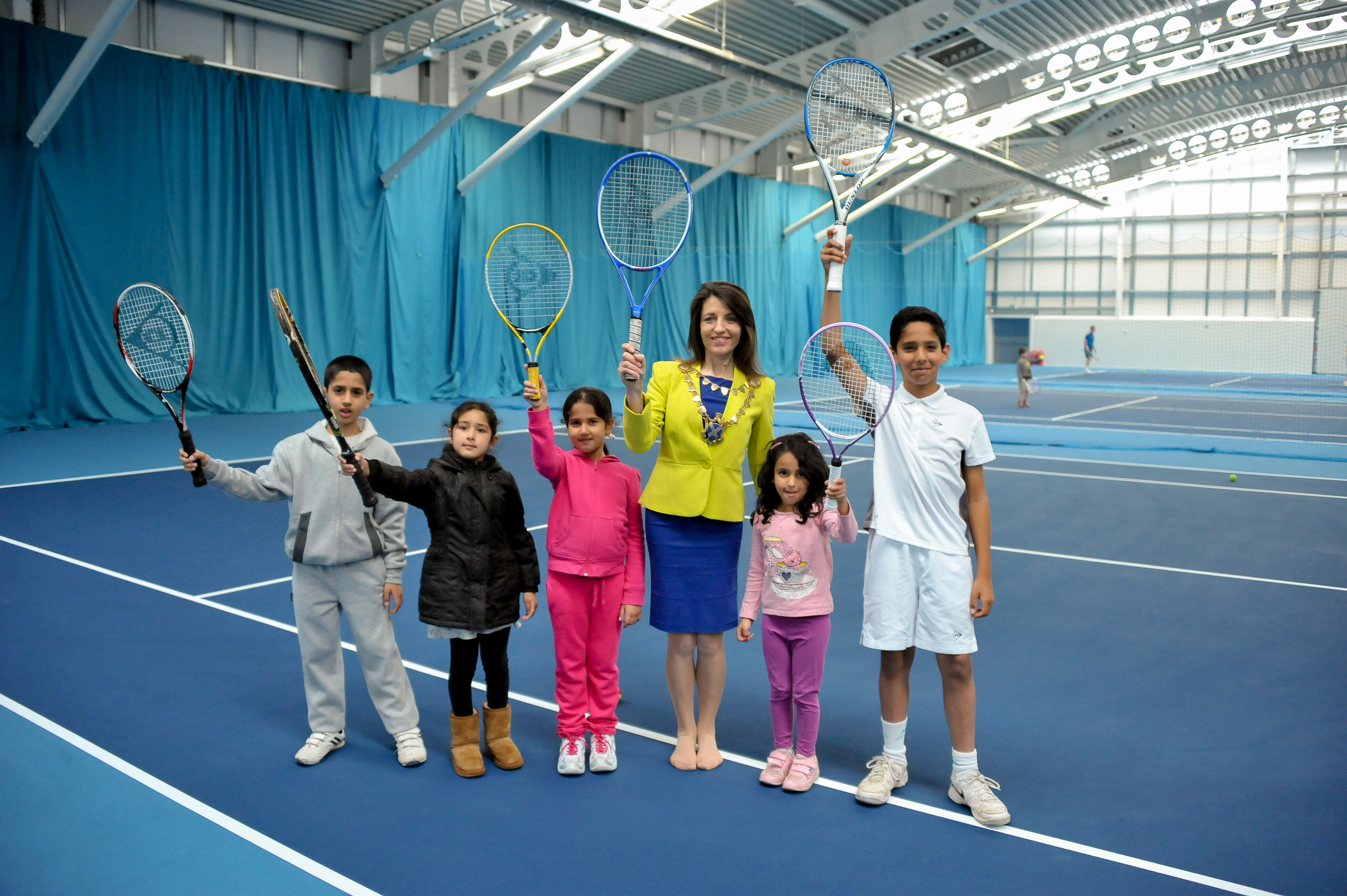 Batchwood Sports Centre houses six indoor tennis courts, three outdoor courts and two mini courts