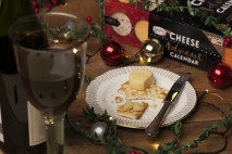 So Wrong Its Nom Cheese Advent Calendar with wine 2